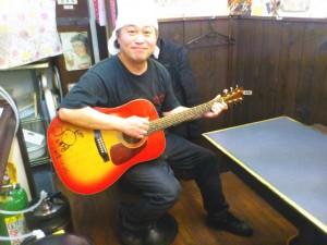 この1年ほどで練習したギターの弾き語りもあったりする