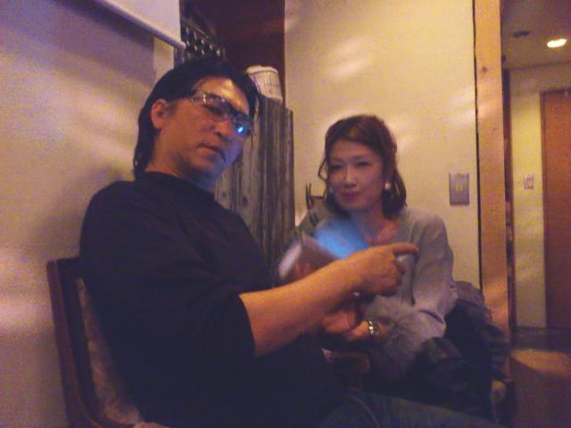 Kazuさん、奥さんの千里さん登場でナイスタイミング!