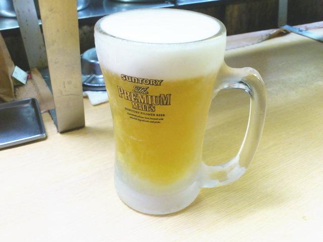 生姜焼きとビール発注。