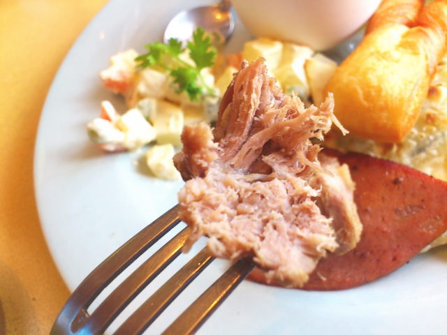 肉は? チャーシューみたいなんがチャナサンマフっちゅー羊肉燻製。