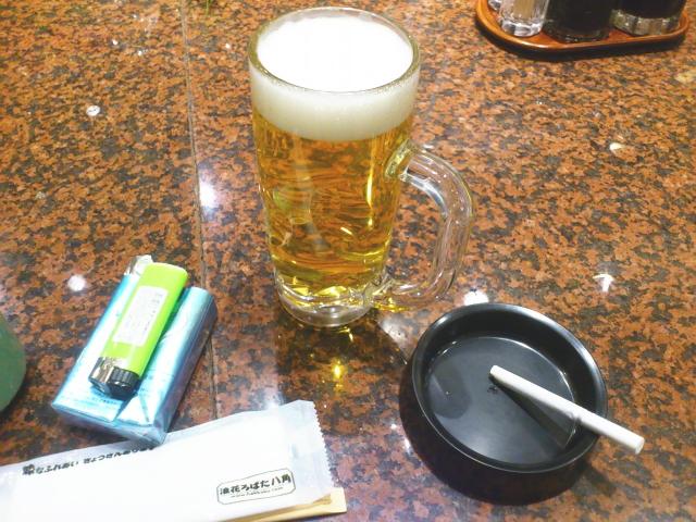 朝、 喫煙、 酒、 できる店貴重やね。